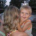 #brzdąc #uśmiech #radość #dziecko #mały #mama #chłopiec #chłopczyk