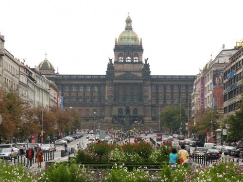 Praga - Plac Wacława z XIV w. Neorenesansowy gmach Muzeum Narodowego #Praga